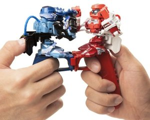 Omnibot Battroborg Fighting Robots Thumb War