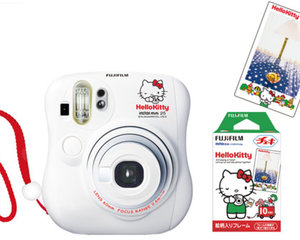 Instax Mini 25 Cheki Hello Kitty Camera