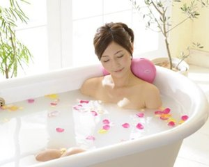 Ladonna Heart Bath Massager