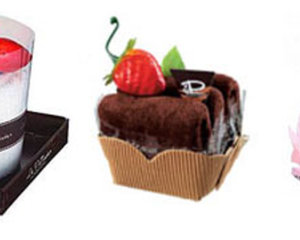 Triple Towel Cake Set from Le Patissier