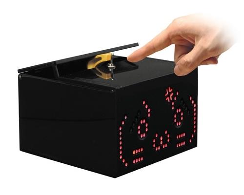 Nico Nico Douga Self-Switching-Off Robot