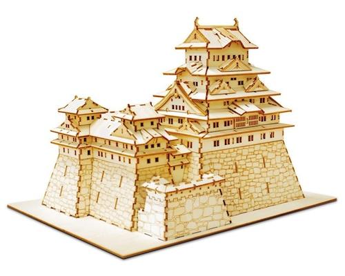 Wooden Art Ki-Gu-Mi Himeji Castle Model